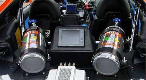 汽车加速控制电路图