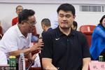 姚明出席篮球联赛开幕式变表情包 引观众追捧(图)