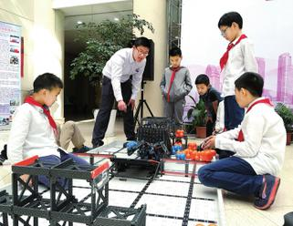 2017虹口区青少年科技节揭幕