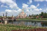 黄小蕾控诉上海迪士尼 官方:游客举止恶劣禁入园