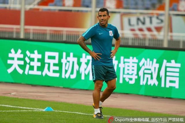 特维斯:没说不喜欢中国足球 现在只想为申花尽力