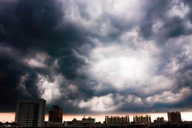 申城雷雨来袭最高温止步38.3℃ 专家:7月底会凉爽一些