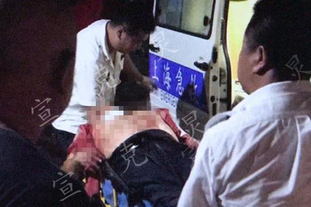 醉酒乘客因车费持刀捅伤的哥 被当场抓获