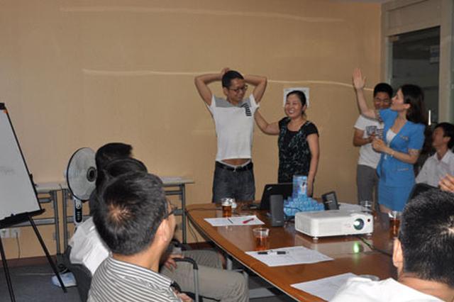 上海整治教培机构出成效 家长频接小作坊停课通知