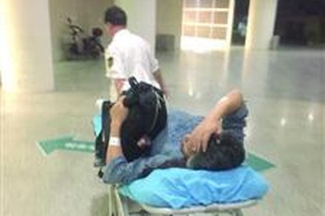 高龄产妇被困长江隧桥 沪交警20分钟驶过1小时路程