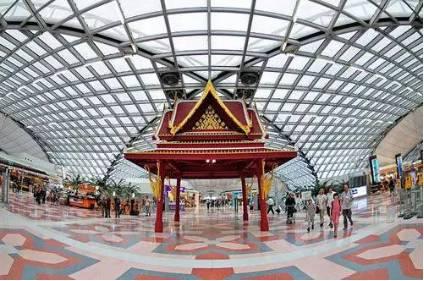 素万那普机场