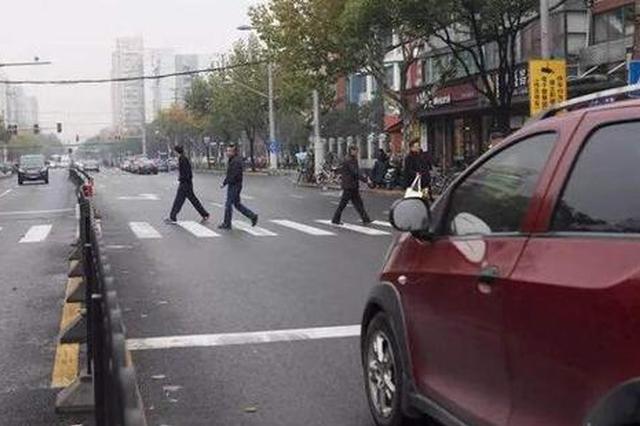 直击上海机动车礼让行人:破解人车互让致车辆违法