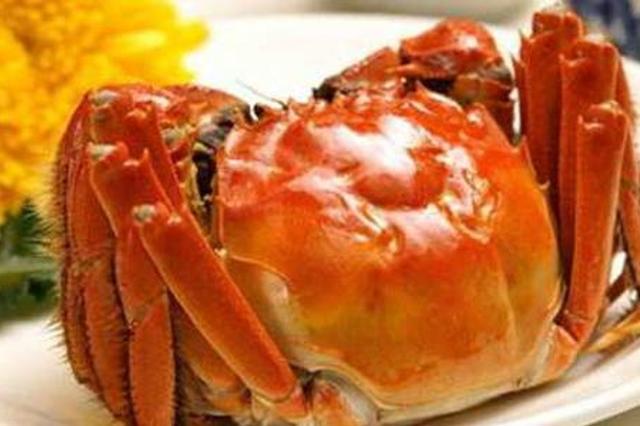 网传吃大闸蟹致癌并与柿子相克 专家详解食蟹指南