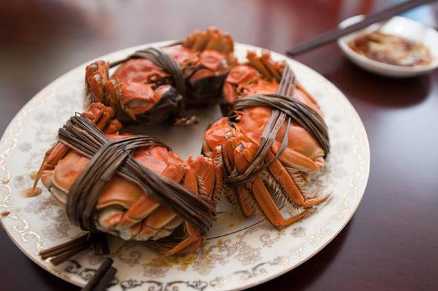 早熟蟹三月青上市 价格较往年上涨适合做醉蟹