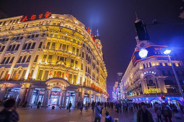 黄浦区中华商业第一街竖智能合杆 新天地等整治将启动
