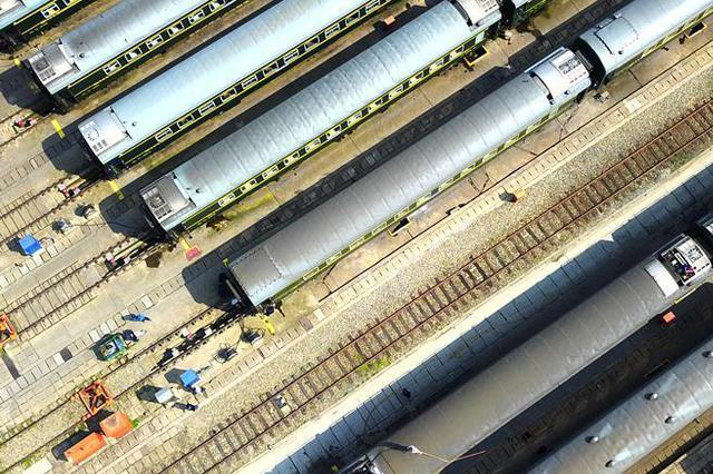 铁路部门扩大部分动车票价下浮 最大折扣幅度提至20%