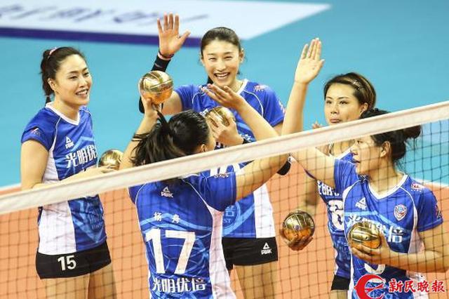 上海女排明天冲冠 卢湾体育馆一票难求