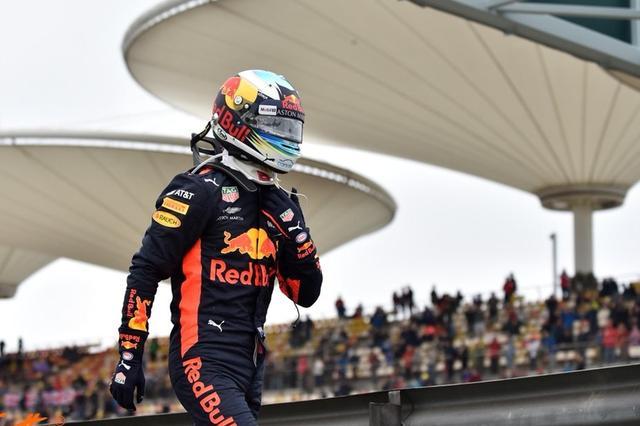 F1中国大奖赛 红牛力压双巨头里卡多上演惊天逆袭