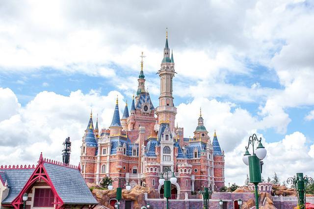 上海65個主要景區周六半價或免費 迪士尼將推出雙次票