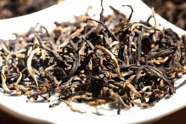 中国大妈转战炒普洱 150元茶饼翻身涨至两千元