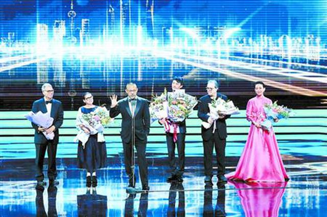 上海影视拍摄指南亮相电影节 推荐近200个影视取景地