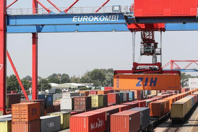 上海持续改善航运营商环境 力争再缩短港航业审批流程