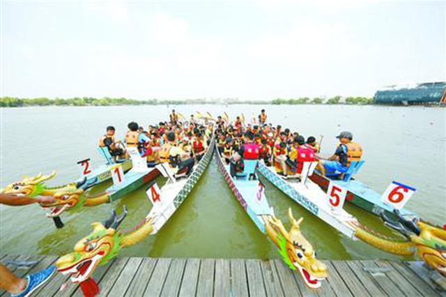 端午假期沪各景区接待游客近5百万 出入境超36万人次