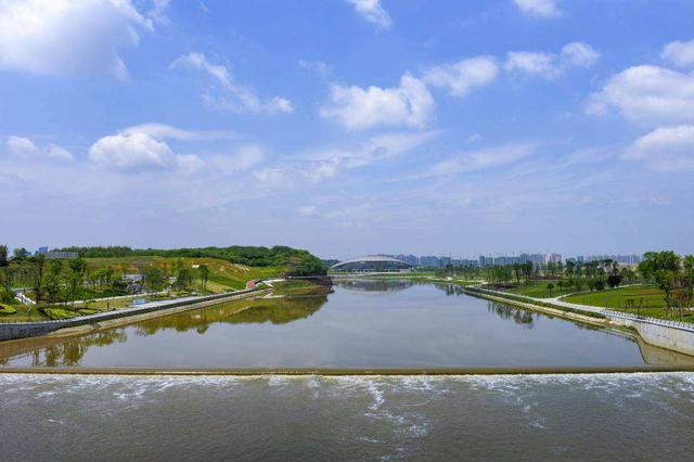上海公布未来5年空气治理蓝图 鼓励清洁能源做加法