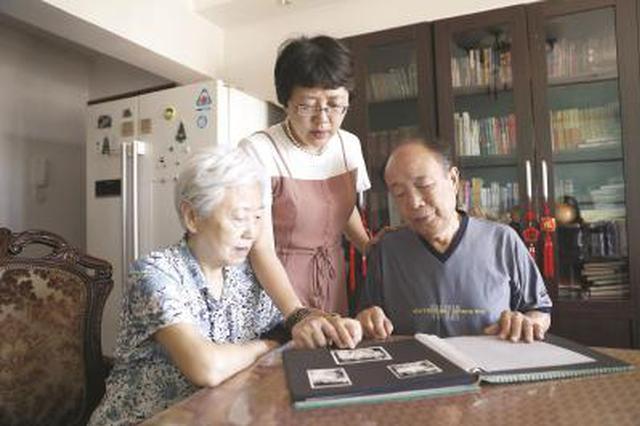长海医院54年前救治一高危产妇 医患结下特殊友谊