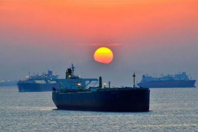 上海原油期货主力合约昨涨停 为国内原油期货首次涨停