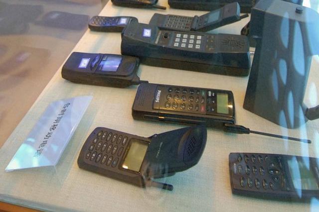 23年前上海机场惊现血衣 一部电话协助破获酒店凶杀案