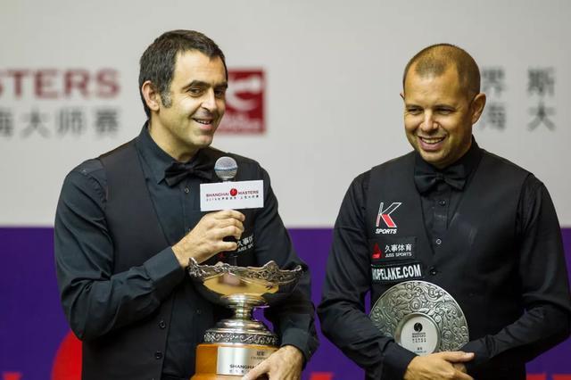 奥沙利文上海大师赛三次夺冠 成12年来首位卫冕球员