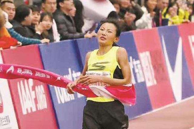 上马李芷萱刷新国内女子赛会纪录 崇拜基普乔格
