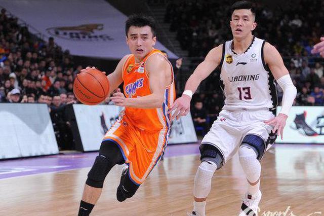 上海男篮五大本土主力缺阵 客场冲击上届冠军不怯场