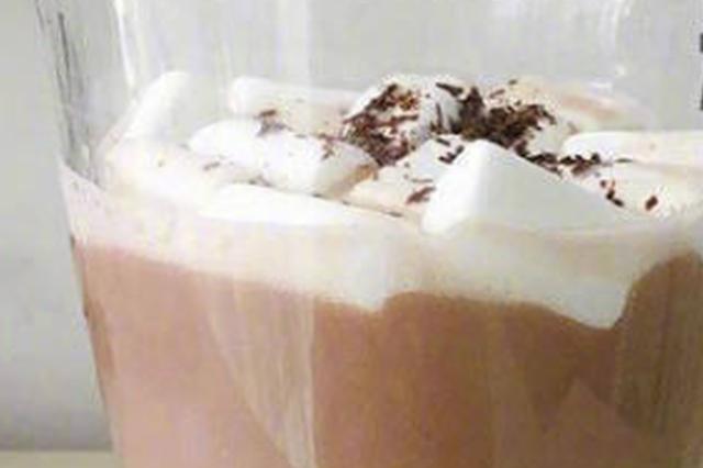 寒冷干燥的冬天给自己做一杯热腾腾的饮品