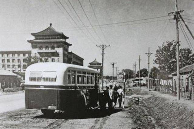 沪首条公交线路迎111岁生日 将升级成移动公交博物馆