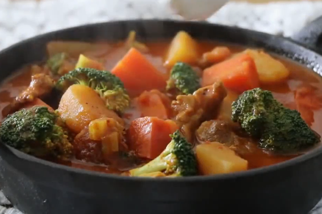 韩综《咖啡之友》同款番茄蔬菜炖猪肉