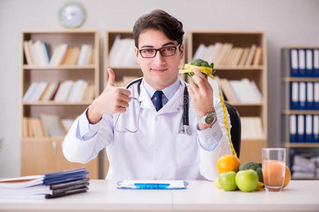 上海每万人拥有3.59名全科医生 十佳家庭医生评选揭晓