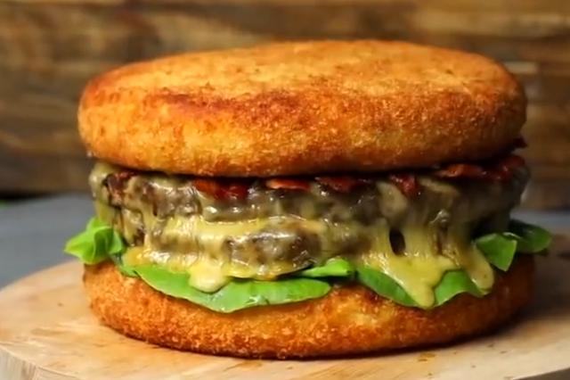 超等巨无霸芝士牛肉汉堡 你心动了吗