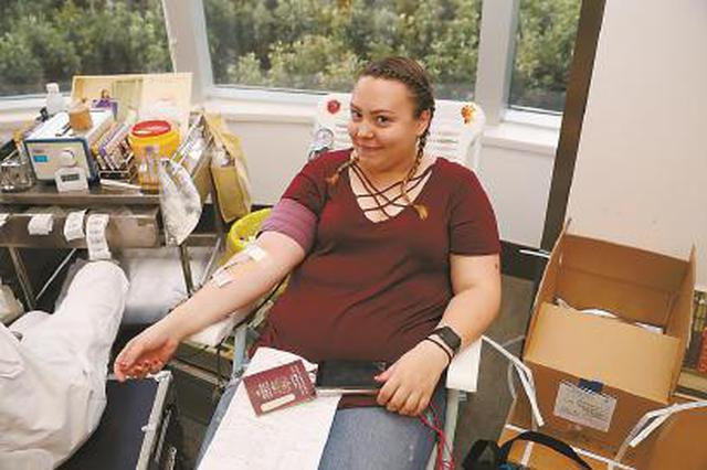 申城客岁35.94万人次无偿献血 形成无偿献血办事收集