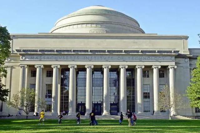 最新QS世界大学排名出炉:12所中国高校跻身百强行列