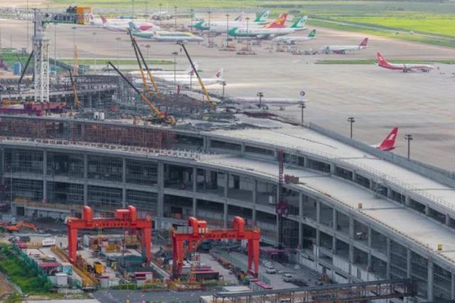 浦东机场卫星厅预计年内投运 将新增83座登机桥