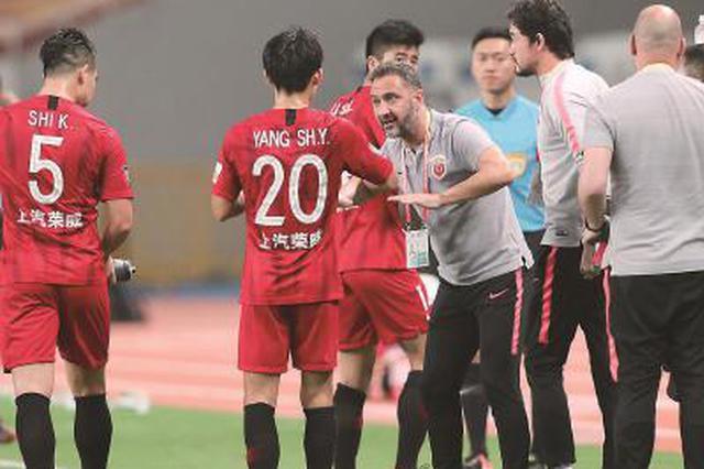 上海上港5:3淘汰全北现代 成为亚冠联赛八强