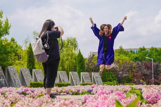 解读13所上海双一流高校就业申报 教导医疗行业成首选