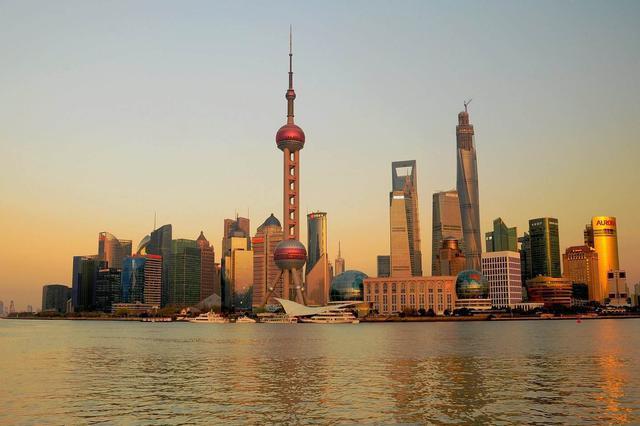 上海架空线入地和合杆整治 城市街道焕发出全新活力