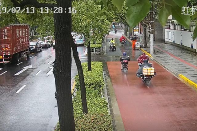 电子警察RFID在沪投用 半月查处骑手交通违法五千余起