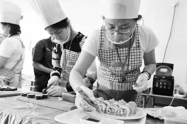 上海有望出生首批本科保姆 促进家政行业可持续成长