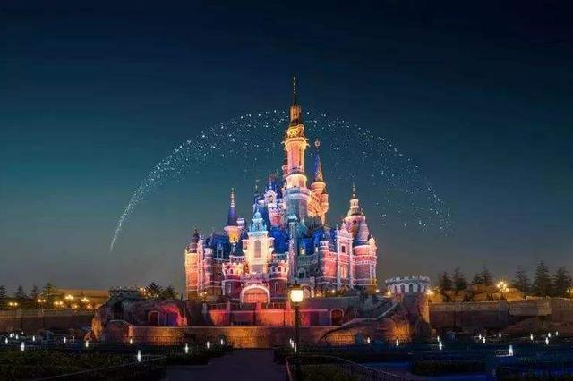 沪迪士尼等20余景点推儿童免票新政 既顾身高又顾年纪