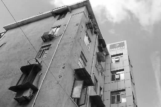 上海首台太阳能电梯加装成功 电费支出大幅降低