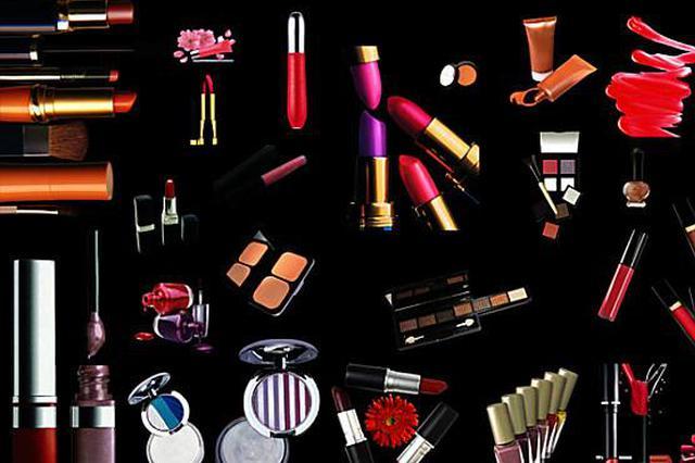 嘉定开展化妆品网络经营企业风险排查 对7家企业立案