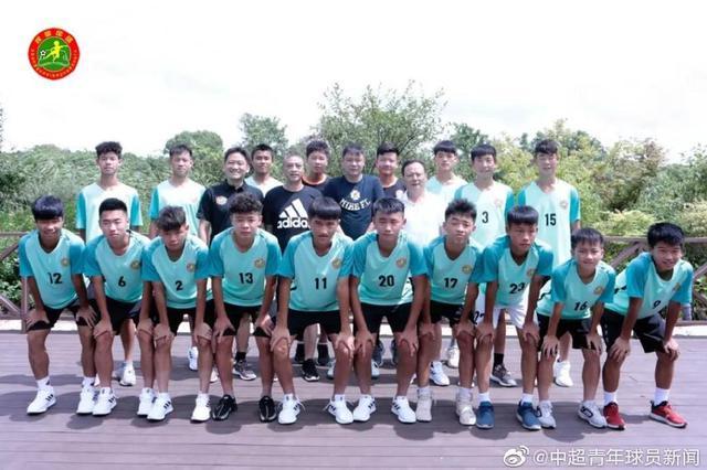 范志毅将带U15校国足出征 称要对得起国旗象征意义