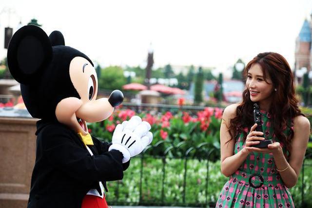 上海迪士尼因售过期食品 曾被监管部门处罚7万元