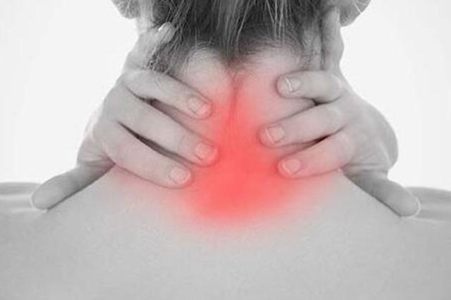 颈椎病或纳入职业病范畴 专家:难在如何定义由职业引起