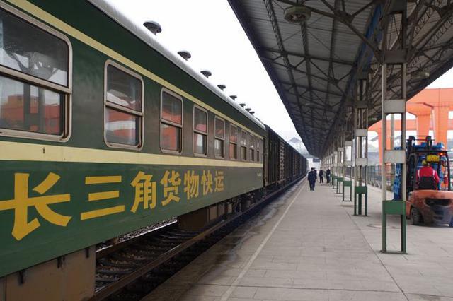 长三角铁路刷脸进站设备扩充至580台 覆盖65个火车站