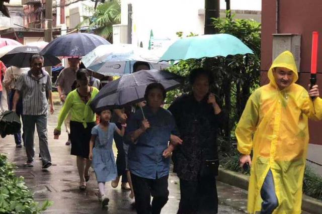 全民国防教育日上海鸣放防空警报 全市176万人参加演练